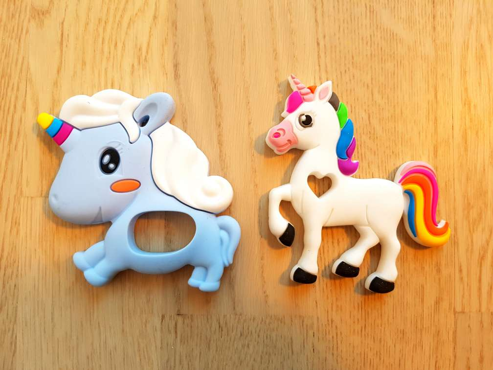 Silicone teething unicorns